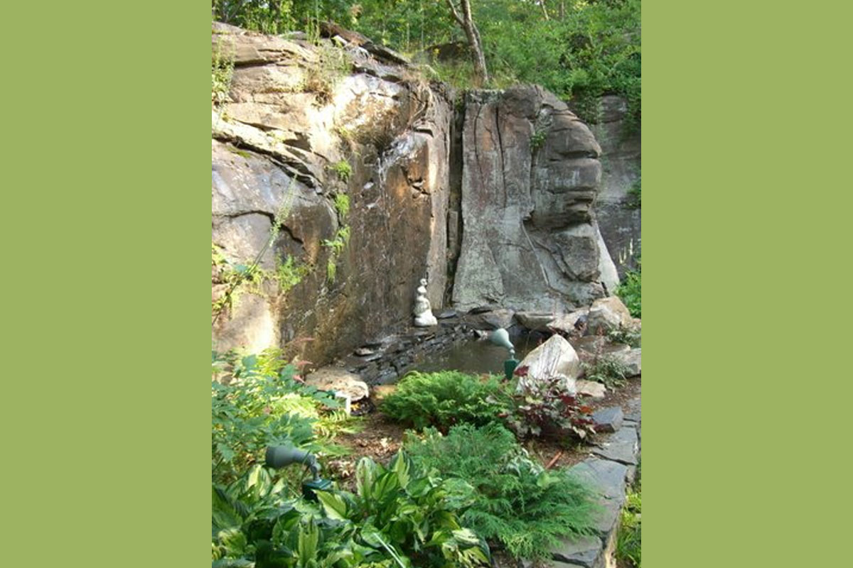 Garden Design with Waterfall and Stonework detail